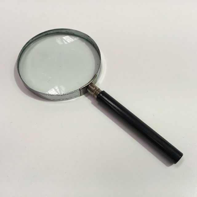 MAG0101 MAGNIFYING GLASS, Black and Chrome $3.75