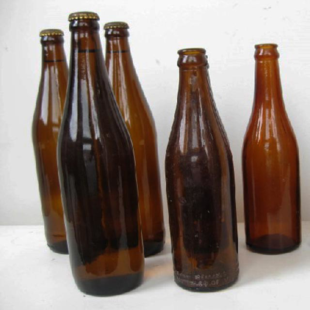 BOT0025 BOTTLE, Brown Glass Beer Bottle $3.75
