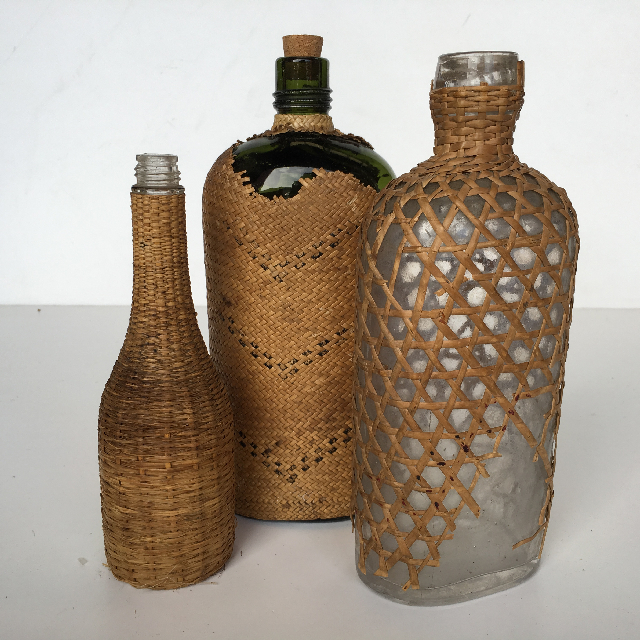 BOT0015 BOTTLE, Vintage Wicker Covered $7