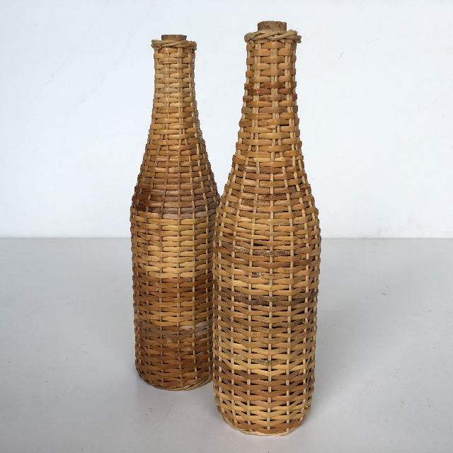 BOT0001 BOTTLE, Wicker Covered $3.75
