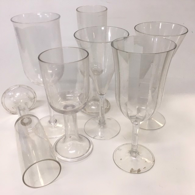 GLA0064 GLASS, Plastic Champagne or Wine Glass $1