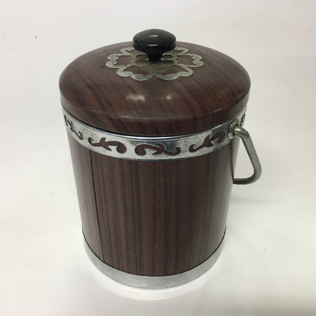 ICE0027 ICE BUCKET, 1970's Brown Faux Woodgrain w Silver Rim $3.75