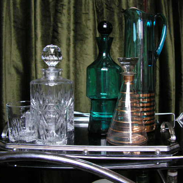 Event Styling - 1960's Mad Men Drinks Trolley