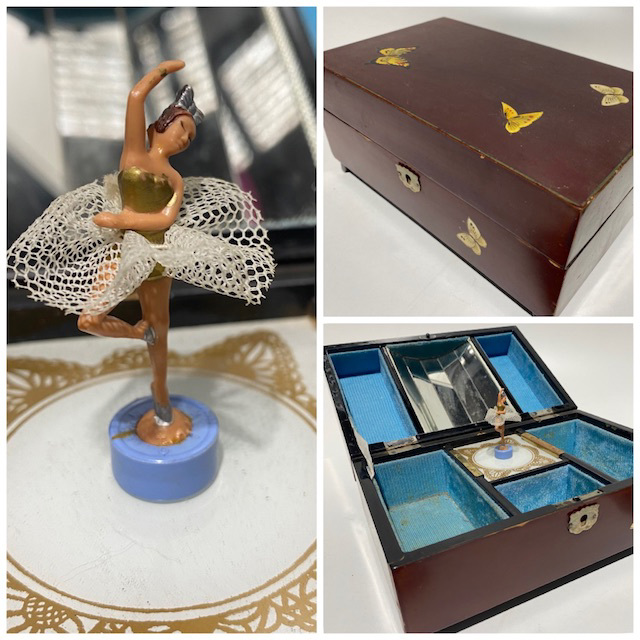 BOX0151 BOX, Music or Jewel - Butterfly Decoupage $18.75