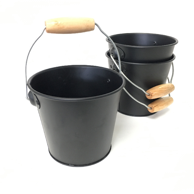 BUC0035 BUCKET, Metal Extra Small (Black) $1.25