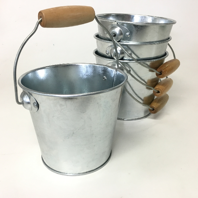 BUC0036 BUCKET, Metal Extra Small $1.25