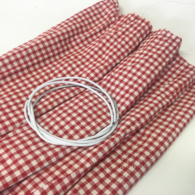 CAF0002 CAFE CURTAIN, Red & White Check - Assorted Sizes $18.75