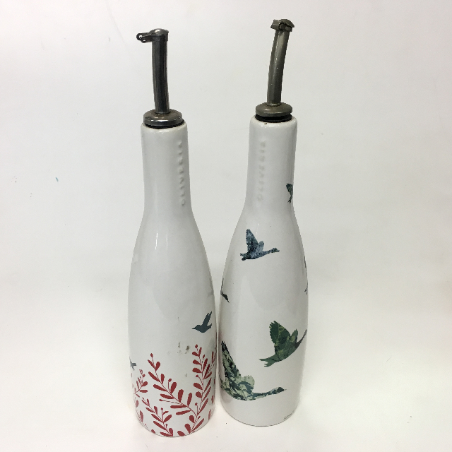 CON0010 CONDIMENT BOTTLE, White Ceramic w Bird Design $3.75