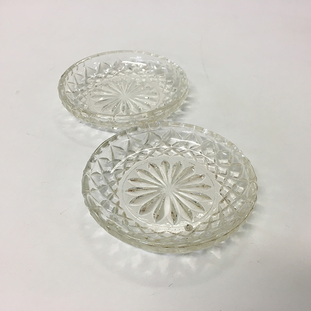 CON0002 CONDIMENT BOWL, Extra Small Cut Glass $2.50