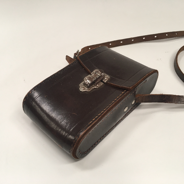 CAM0074 CAMERA CASE, Brown Leather $15