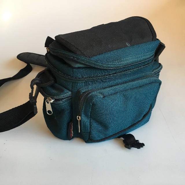 CAM0082 CAMERA CASE, Teal Green Soft Case $6.25