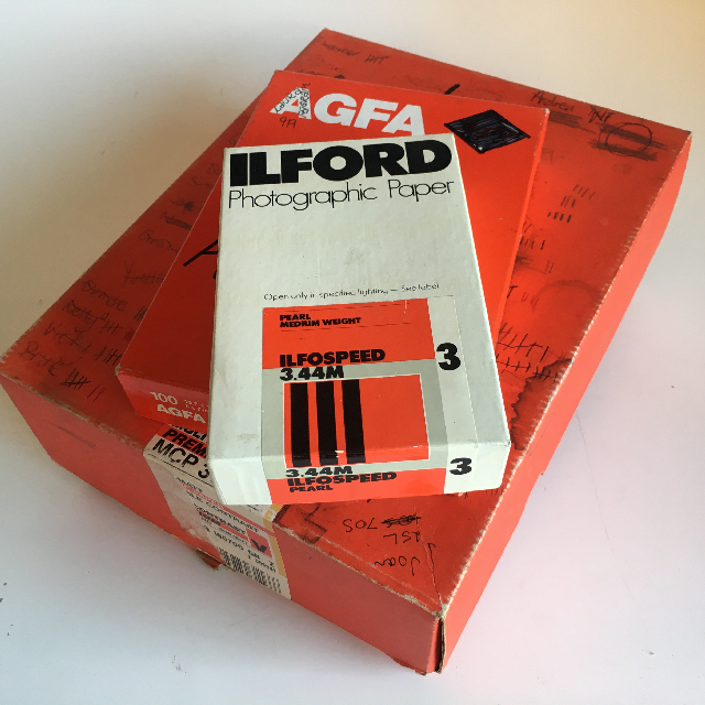 PHO0510 PHOTOGRAPHY, Photographic Paper - Box Lot $3.75