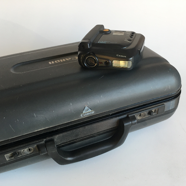 VID0050 VIDEO CAMERA, Black Canon ION w Black Hard Case $22.50