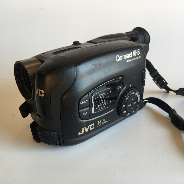 VID0052 VIDEO CAMERA, Black JVC 18X - Compact VHS $22.50