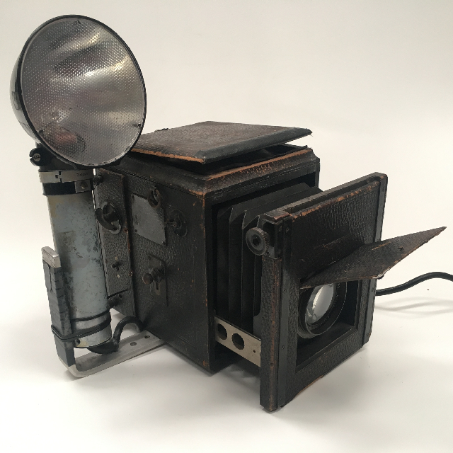 CAM0002 CAMERA, Vintage Press Camera - 1900s Brown Leather Case $112.50