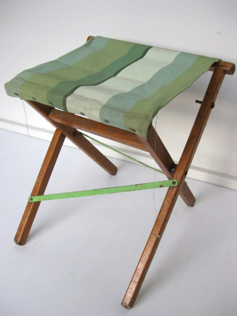 STO0212 STOOL, Camp - Timber Folding, Green White Vintage $12.50