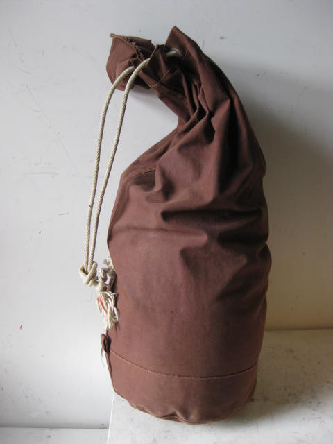 DUF0002 DUFFLE BAG, Brown Canvas $15