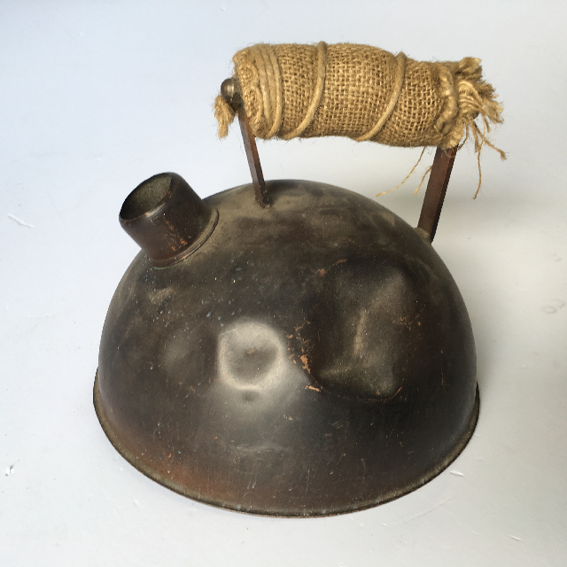 KET0003 KETTLE, Beaten Metal w Hessian Handle $10