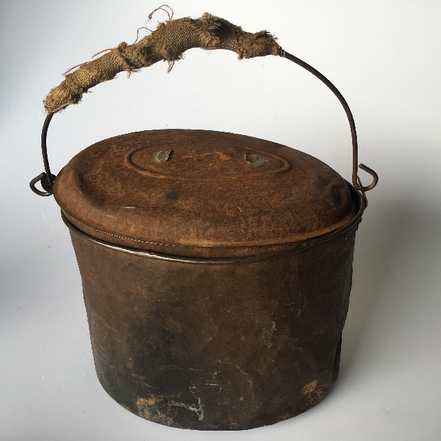 POT0012 POT, Rusted Metal w Lid and Hessian Handle $18.75