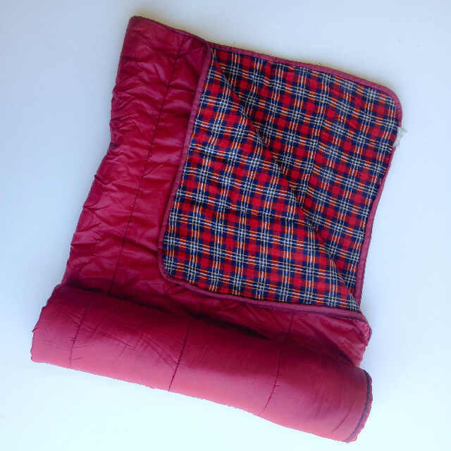SLE0002 SLEEPING BAG, Red w Red Blue Tartan Lining $11.25