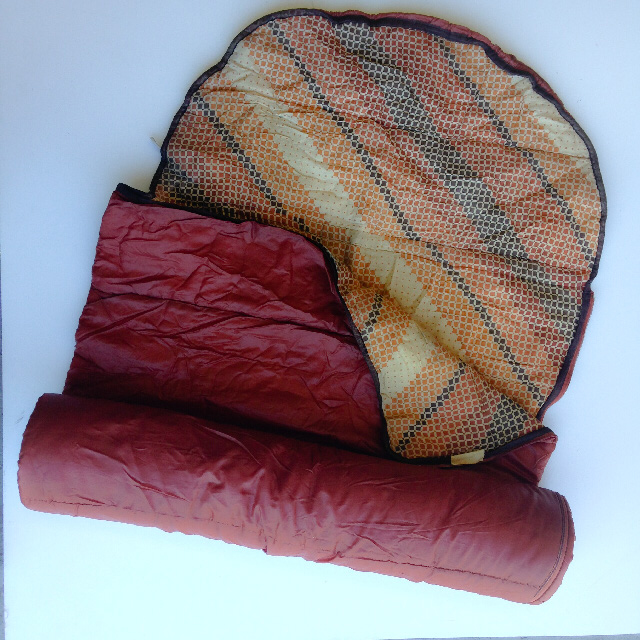 SLE0004 SLEEPING BAG, Retro Brown 1970's $11.25