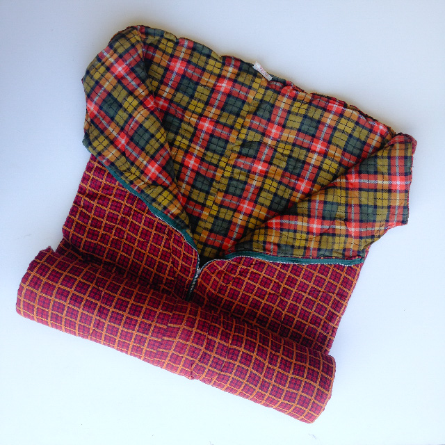 SLE0006 SLEEPING BAG, Retro Double Tartan $11.25