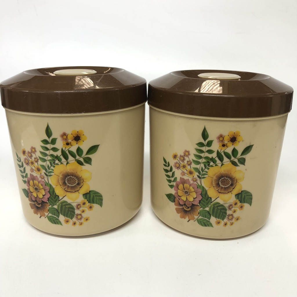 CAN0176 CANNISTER, 1970's Floral Print w Brown Lid $5