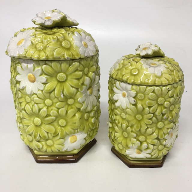CAN0150 CANNISTER SET, Green and White Daisy (2 Piece) $12.5