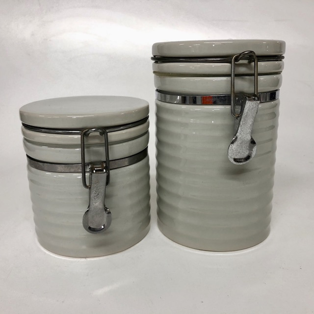 CAN0195 CANNISTER, Off White Ribbed Storage Jar $3.75
