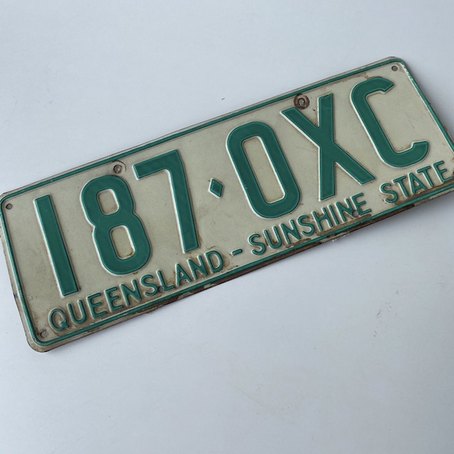 NUM0015 NUMBER PLATE, Queensland - White Green (Single) $10
