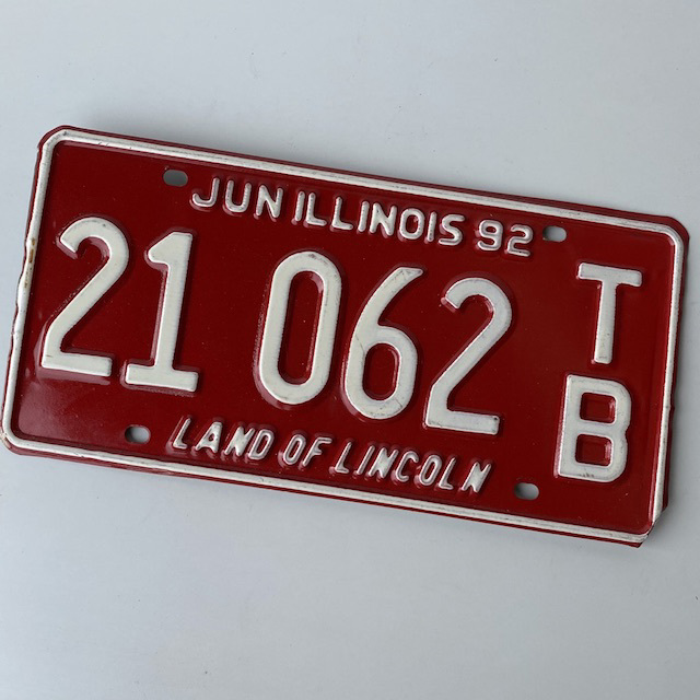 NUM0026 NUMBER PLATE, USA - Red White Illinois $12.50