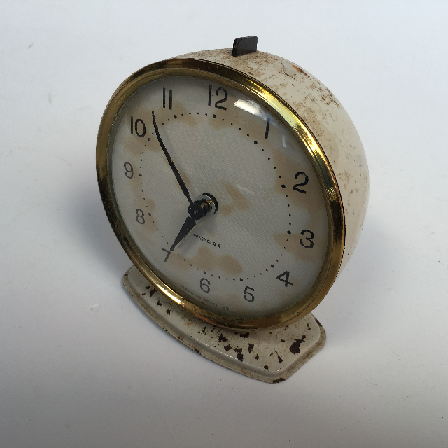CLO0024 CLOCK, Alarm - Rusted Cream Westclox $5