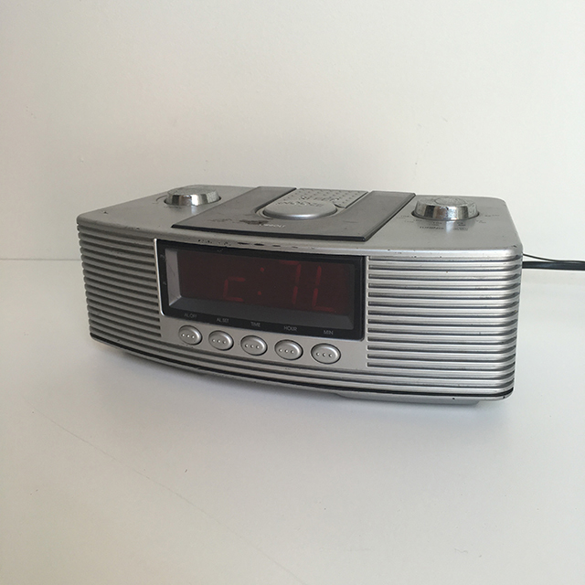CLO0037 CLOCK, Digital Clock Radio - Silver Curved $11.25