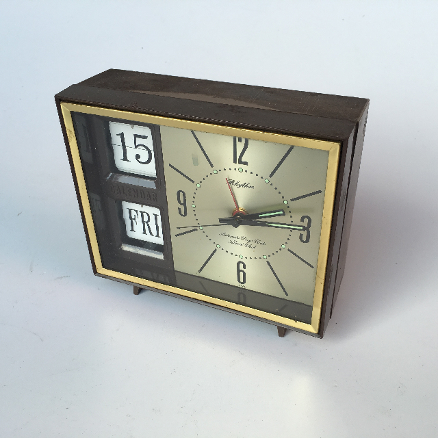 CLO0055 CLOCK, Flip Clock - Gold Timber Rhythm $7.50