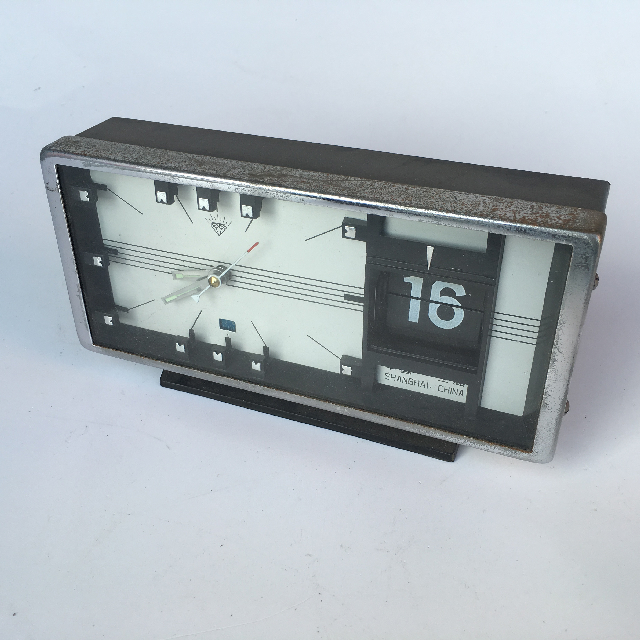 CLO0056 CLOCK, Flip Clock - Shanghai China $7.50