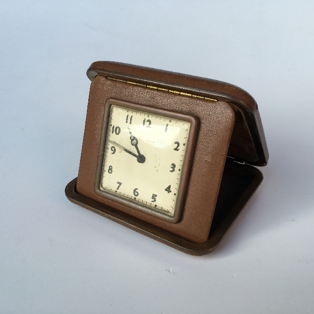 CLO0076 CLOCK, Travel in Square Leather Case $7.50
