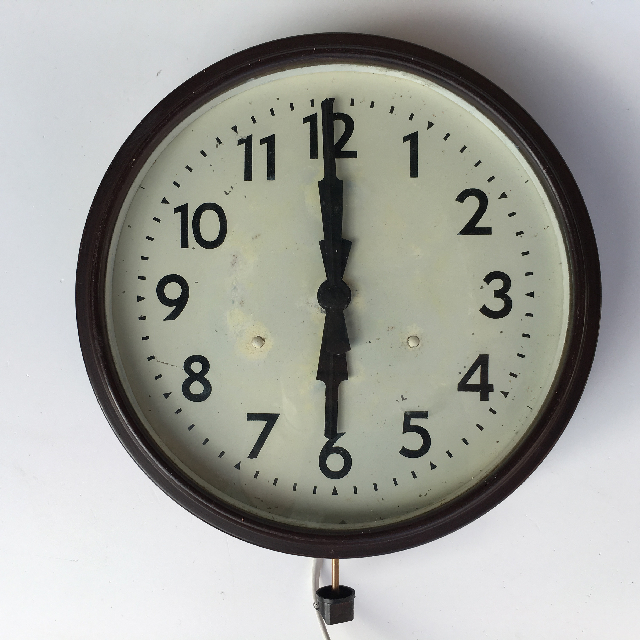 CLO0078 CLOCK, Wall Mount - 1930s Brown Bakelite $22.50