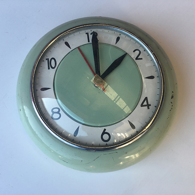 CLO0131 CLOCK, Wall Mount - 1960s Green $18.75