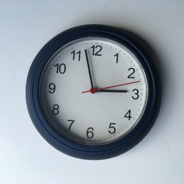 CLO0123 CLOCK, Wall Mount - Small Navy Plastic $5