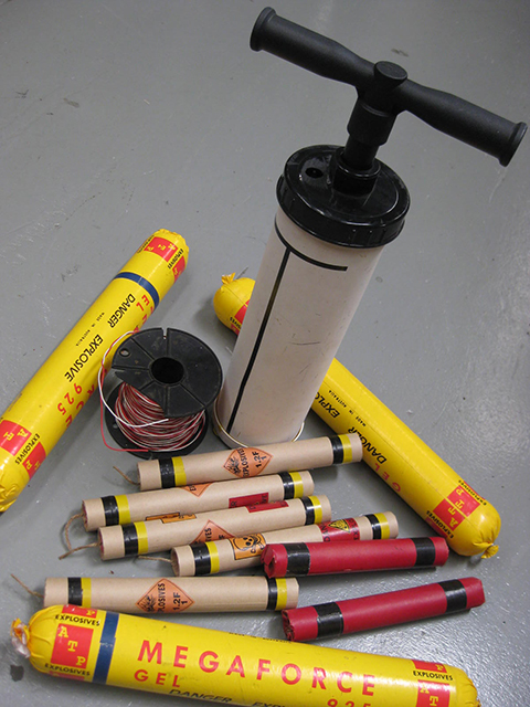 Detonator with Assorted Explosives