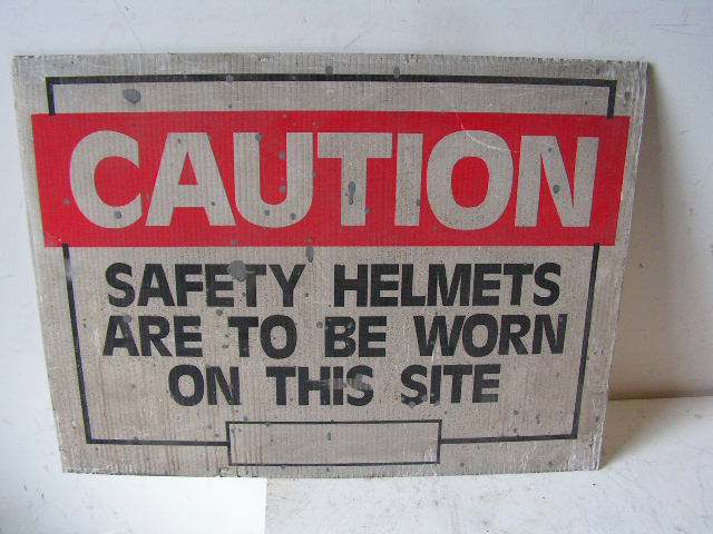 SIG0302 SIGN, Construction - Safety Helmets $12.50