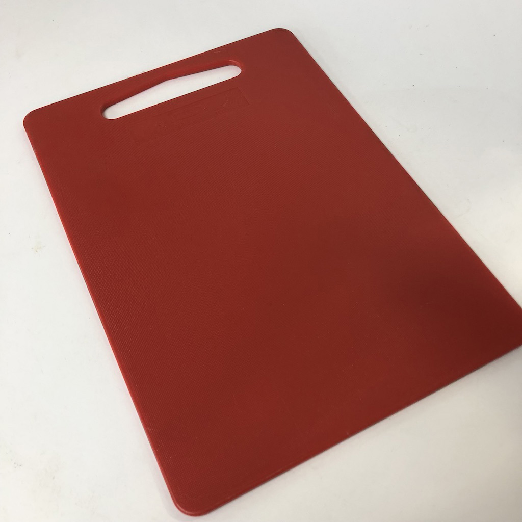 CHO0003 CHOPPING BOARD, Red Plastic $3.75