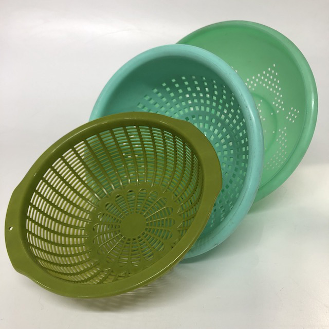 COLANDER, Green Plastic Assorted