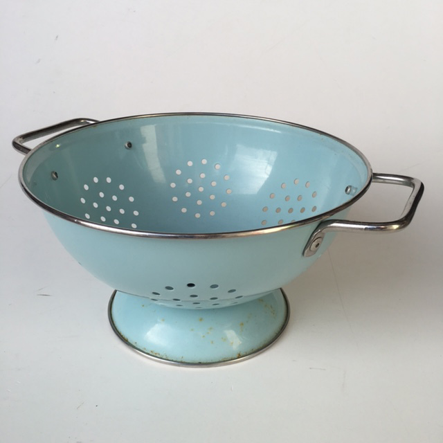 COL0036 COLANDER, Light Blue $5