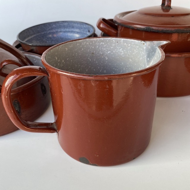JUG0047 JUG, Rust Brown Enamel $7.50