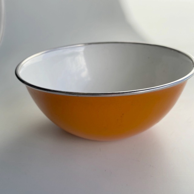 MIX0028 MIXING BOWL, Orange Enamel $3.75