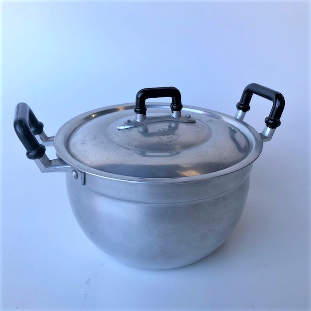 POT0216 POTS n PANS, Aluminium Pot w Black Handles - Medium $10