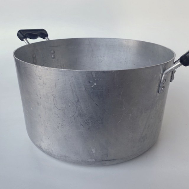 POT0208 POTS n PANS, Aluminium Stock Pot w Black Handles - Large $10