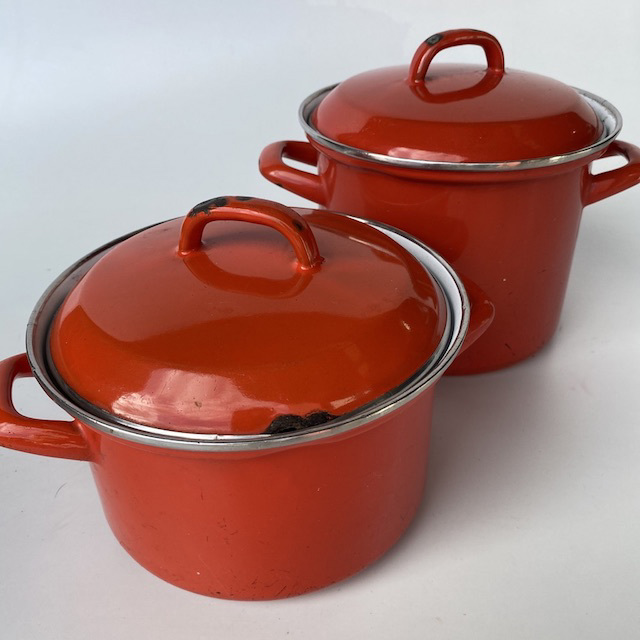 POT0187 POTS n PANS, Orange Enamel Stock Pot $10