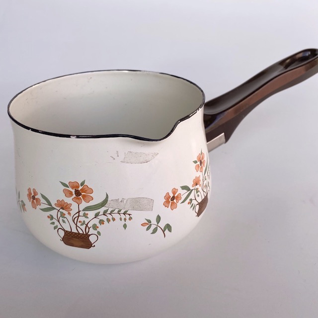 POT0194 POTS n PANS, Patterned White Floral Saucepan $6.25